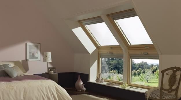 la nouvelle fen tre panoramique velux pour une vue d gag e. Black Bedroom Furniture Sets. Home Design Ideas